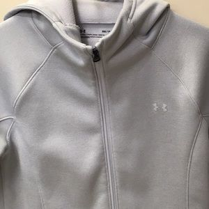 Small NWOT Under Armour Hoodie